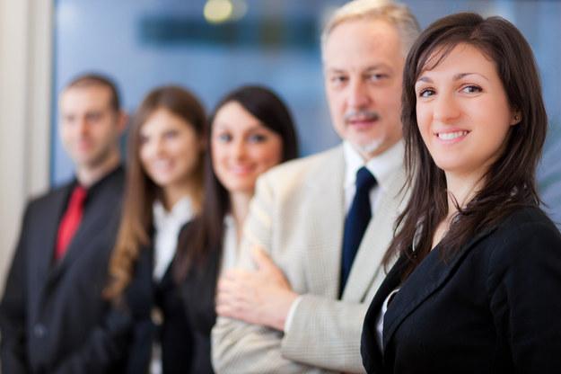 Jak motywować pracowników? /123RF/PICSEL