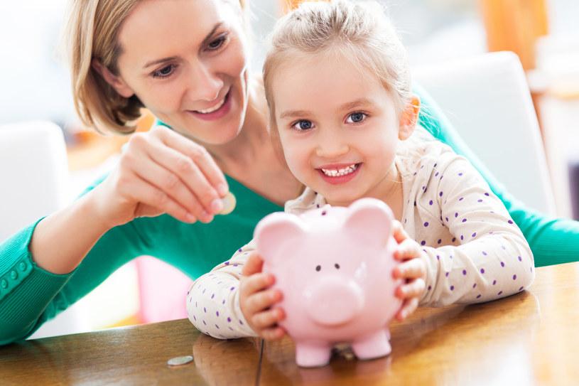 Jak nauczyć dziecko oszczędzania? /materiał zewnętrzny