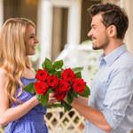 Jak nie popełnić gafy, wręczając kwiaty?