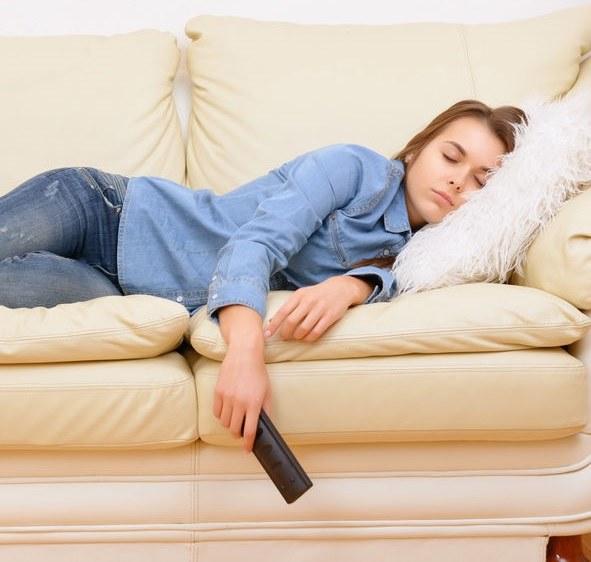Jak nie przytyć, spędzając czas w domu? /©123RF/PICSEL