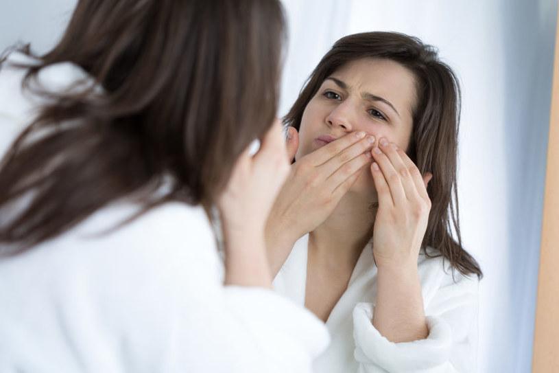 Jak niedobór witamin wpływa na nasz wygląd? /©123RF/PICSEL