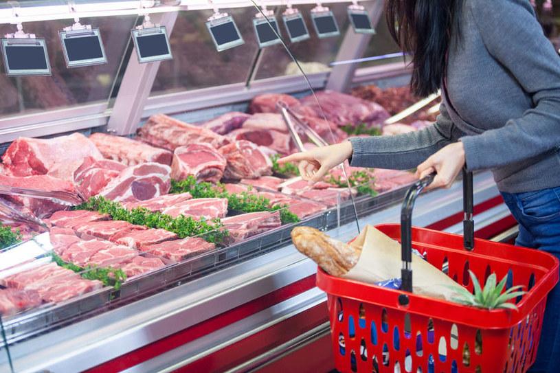 Jak ocenić świeżość produktów? /©123RF/PICSEL