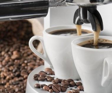 Jak odkamienić ekspres do kawy?
