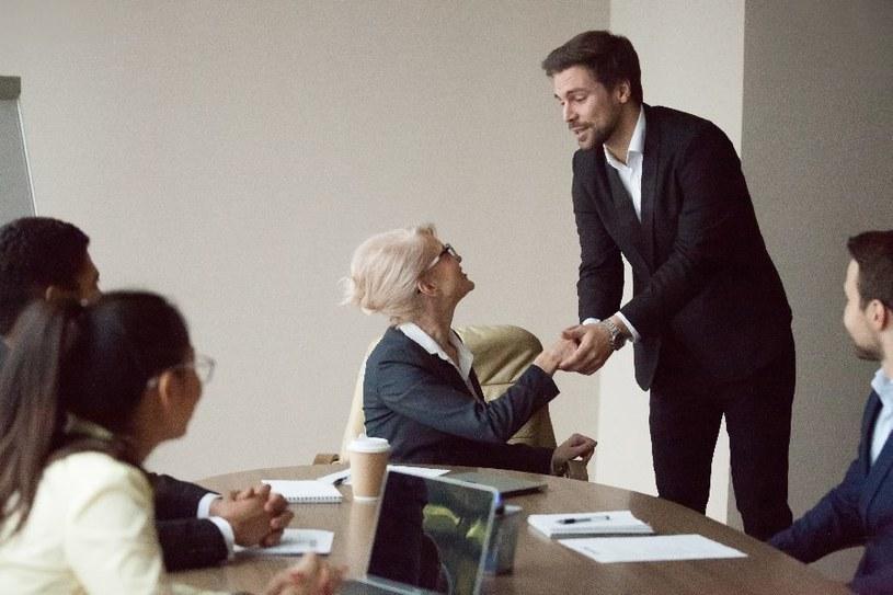 Jak odmówić szefowi? /123RF/PICSEL
