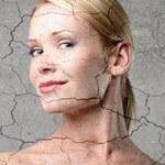 Jak odpowiednio pielęgnować suchą skórę?