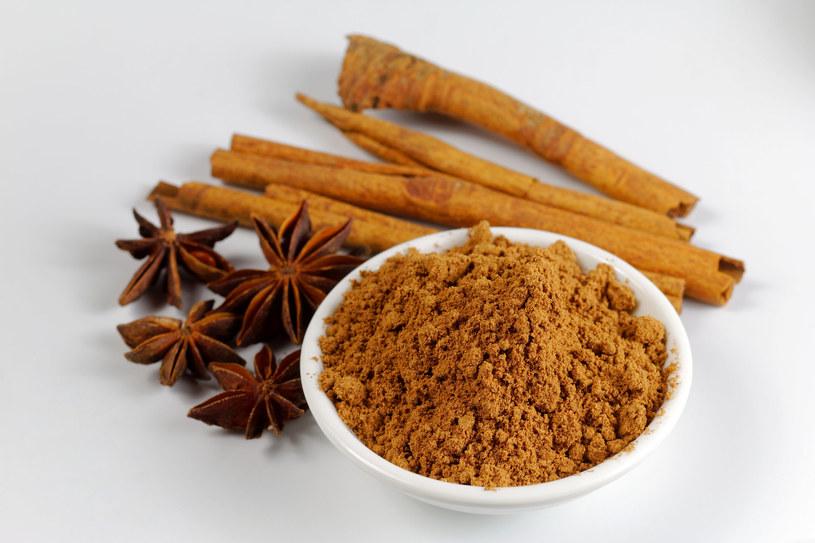 Jak odróżnić cynamon cejloński od chińskiego? /123RF/PICSEL