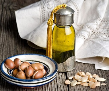 Jak olejek arganowy pomaga dbać o paznokcie?