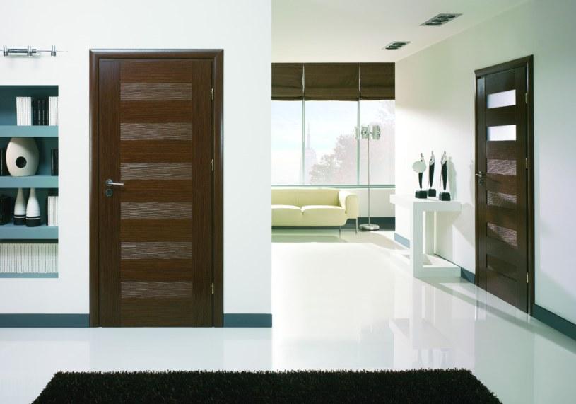 jak pielęgnować drzwi /materiał zewnętrzny