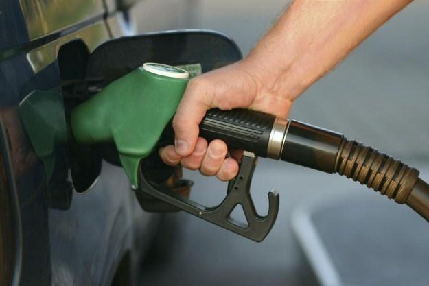 Jak płacić mniej za paliwo? /