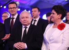 Jak Polacy oceniają PiS po trzech latach u władzy? Sondaż CBOS