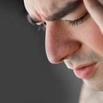 Jak pomóc osobie cierpiącej na chroniczny ból?