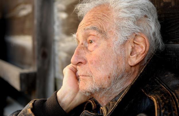 Jak poprawić poziom życia na emeryturze? /©123RF/PICSEL