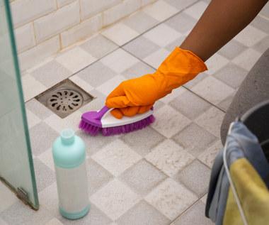 Jak posprzątać łazienkę bez użycia chemii?