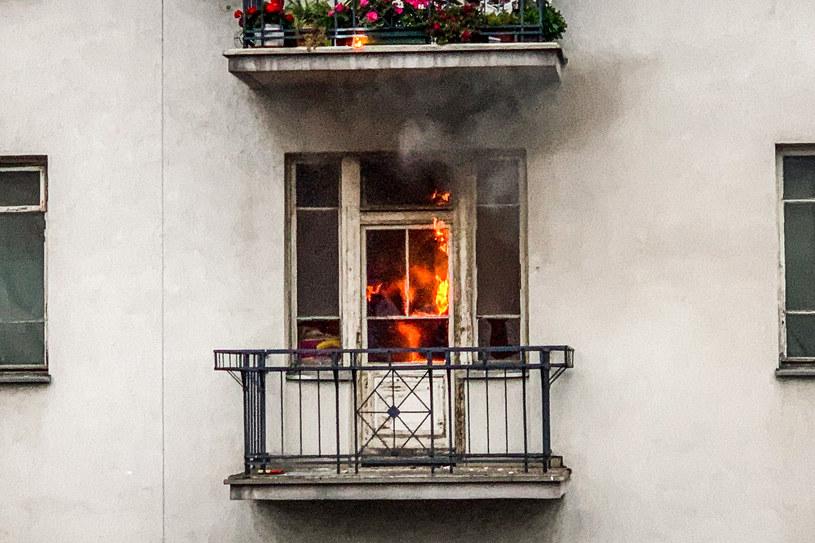 Jak powiedział dyżurny, pożar udało się opanować i nikt nie został ranny. - Na miejscu były dwa zastępy straży, sytuacja jest już opanowana - mówił strażak. /Karol Makurat /Reporter