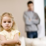 Jak powiedzieć nastolatkowi, że będzie mieć rodzeństwo?