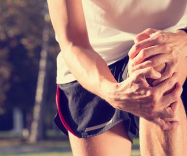 Jak pozbyć się bólu kolan za pomocą pasty z kurkumy?