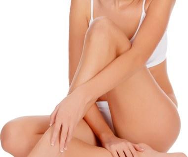 Jak pozbyć się guzków po goleniu i zlikwidować zapalenie skóry?