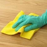 Jak pozbyć się zabrudzeń z podłogi?