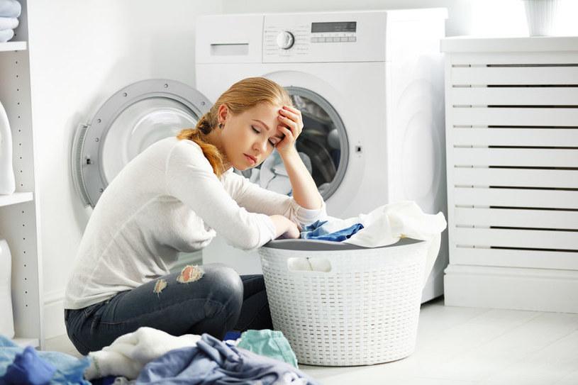 Jak prać ubrania? /©123RF/PICSEL