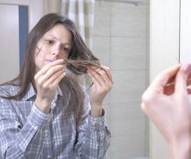Jak prawidłowo stosować suchy szampon?
