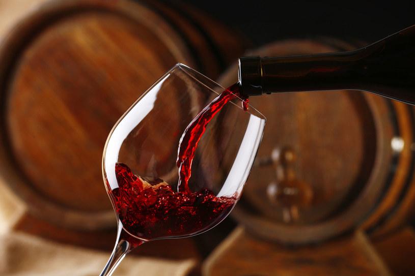 Jak produkuje się wino /123RF/PICSEL