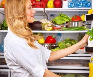 Jak przechowywać owoce i warzywa, aby nie straciły świeżości?
