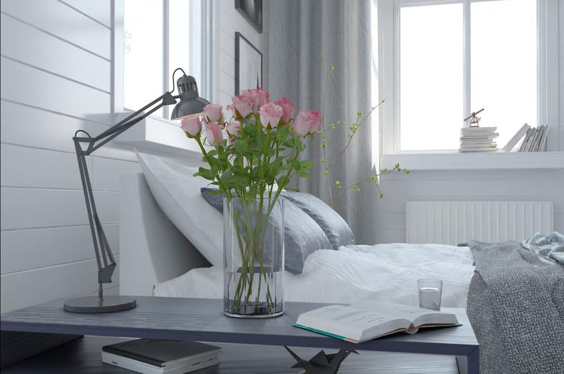 Jak przedłużyć świeżość ciętym kwiatom? /123RF/PICSEL