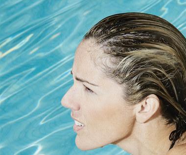 Jak przygotować płyn kosmetyczny, który ochroni cię przed chlorem?