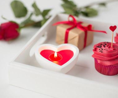 Jak przygotować słodkie różyczki?