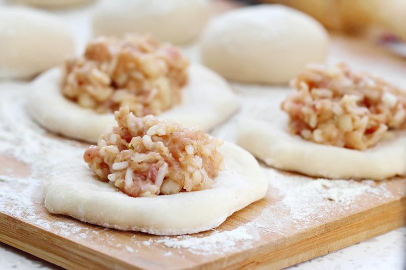 Jak przygotwać mięso w cieście? /123RF/PICSEL