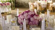 Jak przystroić salę weselną?
