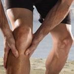Jak radzić sobie ze skurczami nóg?