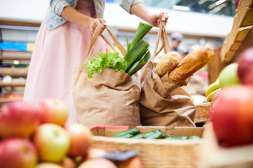 Jak robić organiczne zakupy z korzyścią dla zdrowia i portfela /123RF/PICSEL
