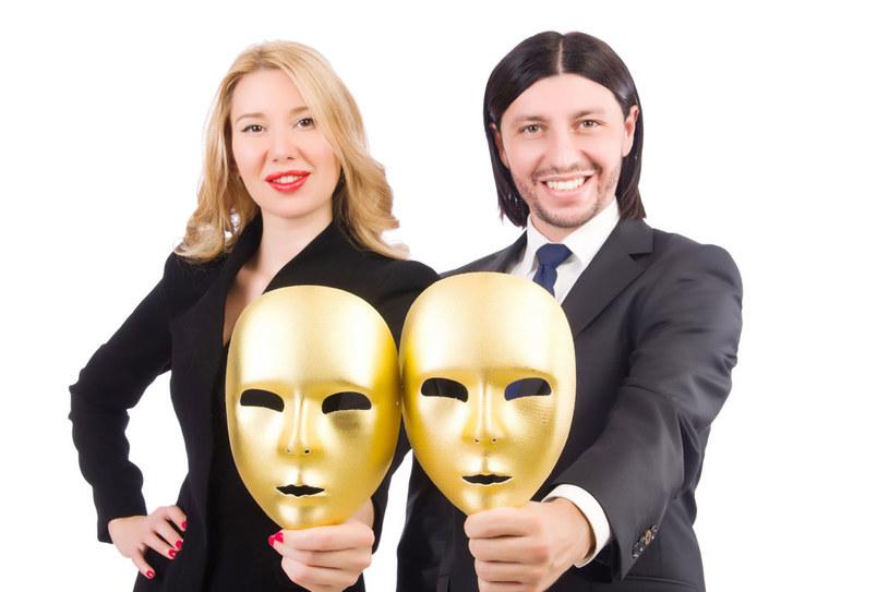 Jak się bronić przed psychomanipulacją? Najlpeiejpoznać techniki wywierania wpływu na ludzi. /123RF/PICSEL