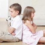 Jak się zachować, gdy dziecko bije i kłóci się z rodzeństwem