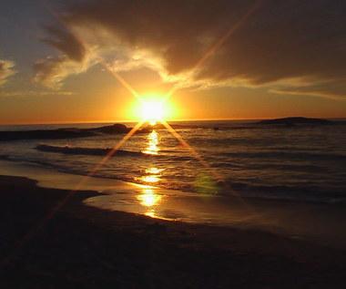 Jak sprawdzić ile godzin pozostało do zachodu słońca