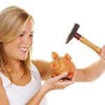 Jak sprytnie odłożyć trochę pieniędzy