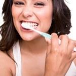 Jak stosować olej, by chronić zdrowie jamy ustnej?