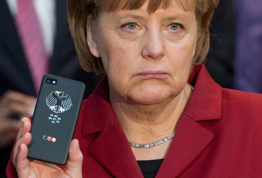 Jak twierdzi wydawany w Hamburgu tygodnik, amerykańskie służby namierzyły prywatny telefon komórkowy pani kanclerz /Julian Stratenschulte /PAP/EPA