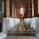 Jak udekorować kościół na ślub