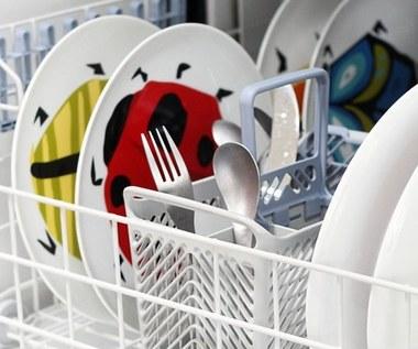 Jak umyć zmywarkę domowym sposobem?