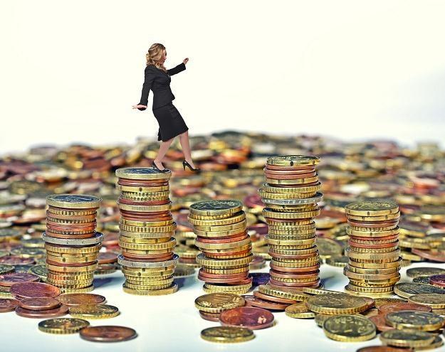Jak uniknąć płacenia niektórych składek? /©123RF/PICSEL