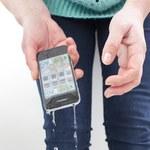 Jak uratować telefon komórkowy, jeśli zamoknie?