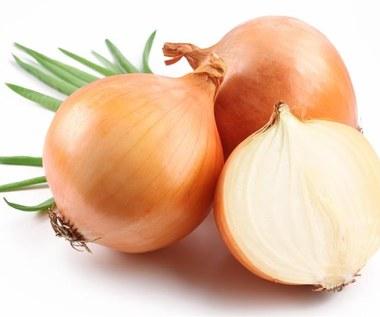 Jak usunąć blizny cebulą?