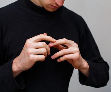 Jak usunąć drzazgę ze skóry?