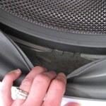 Jak usunąć pleśń na uszczelce pralki?