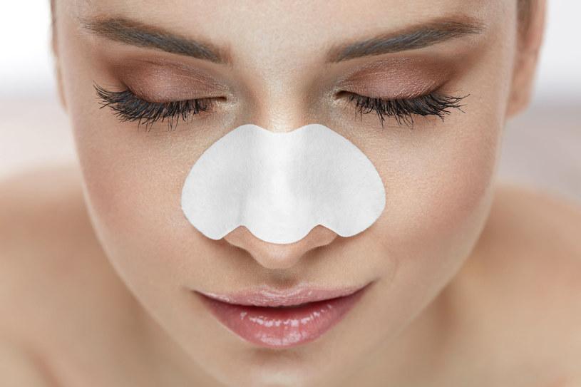 Jak usunąć wągry na nosie? /123RF/PICSEL