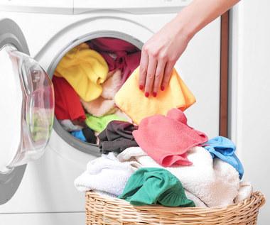 Jak usunąć zapach stęchlizny z prania?
