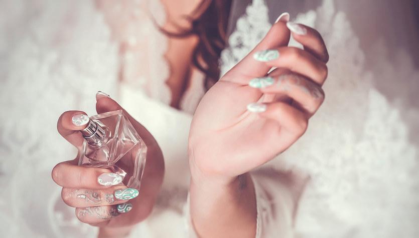 Jak utrwalić zapach perfum?