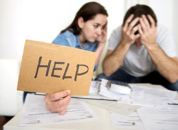 Jak uwolnić się od długów? /©123RF/PICSEL